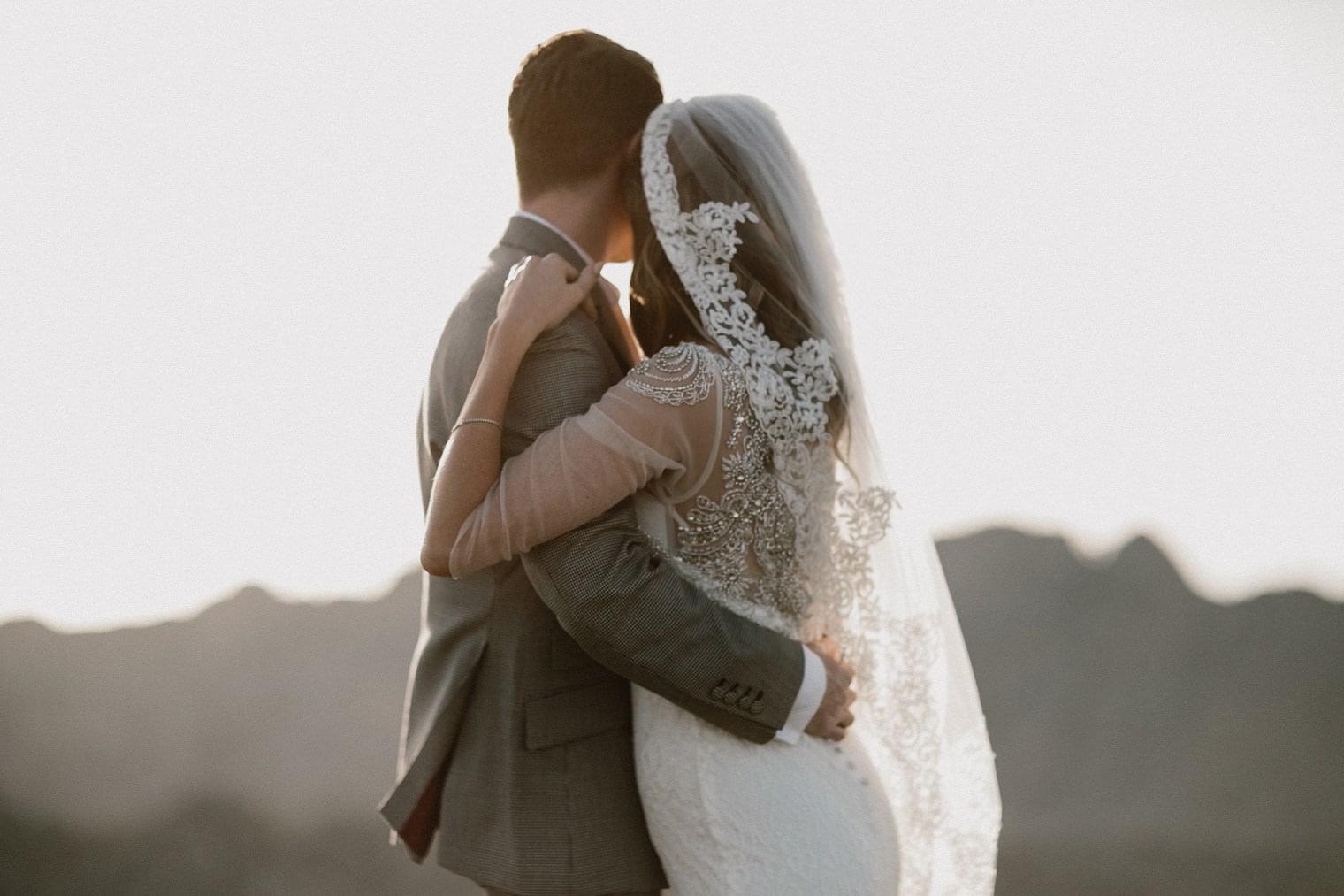 Mallorca wedding couple