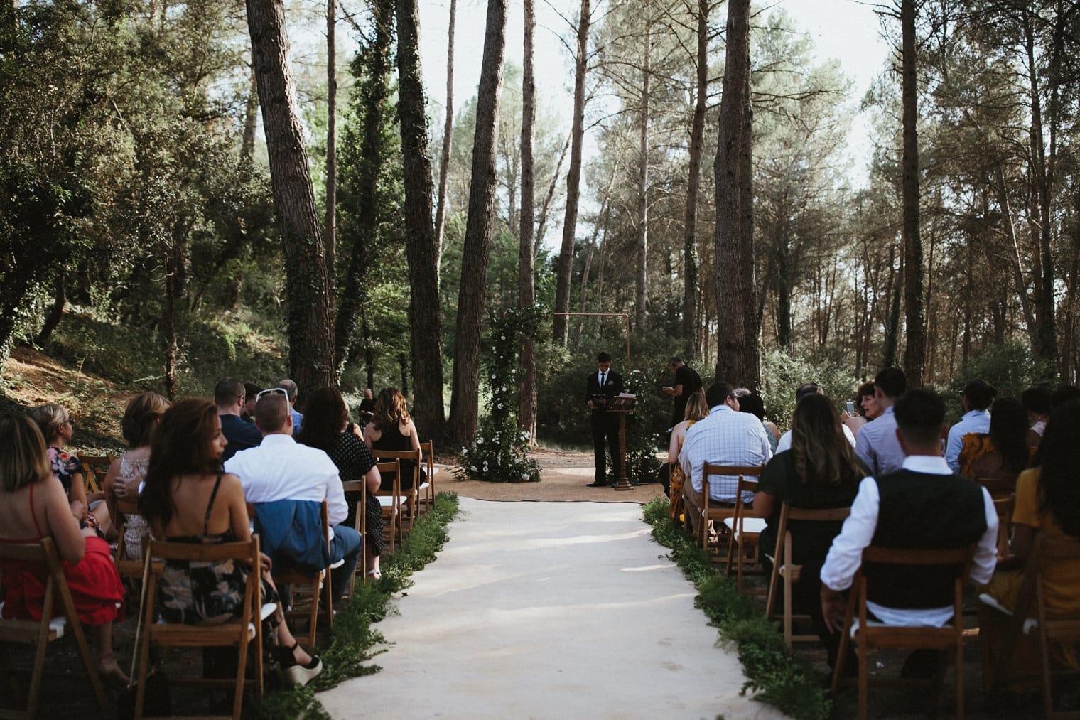 Outdoor forest ceremony at la garriga de castelladral