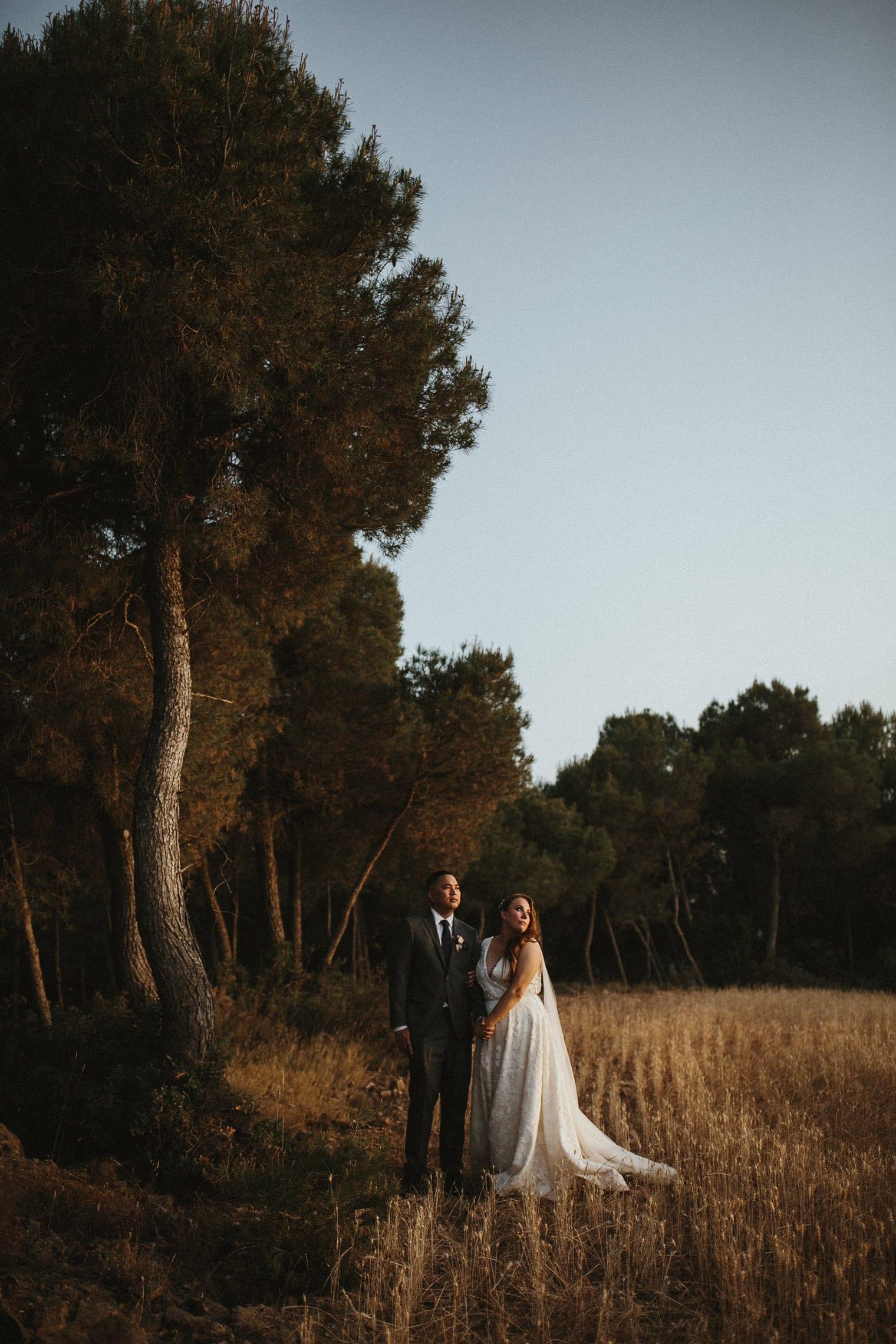 Bride and Groom at sunset at la garriga de castelladral
