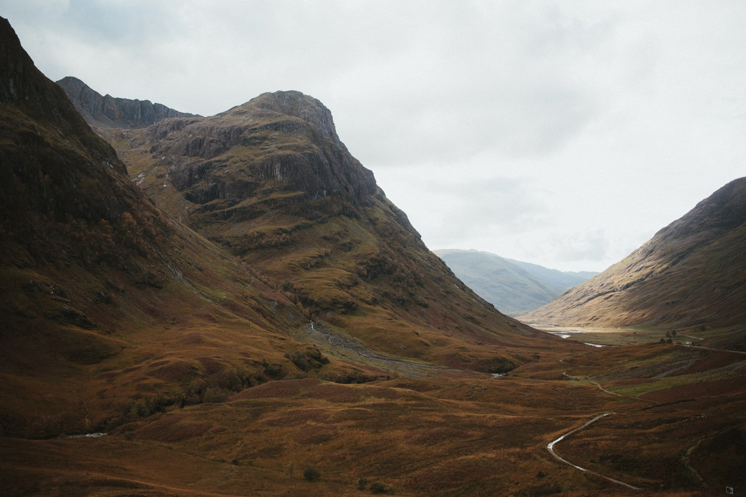 Three sisters look out in Glencoe
