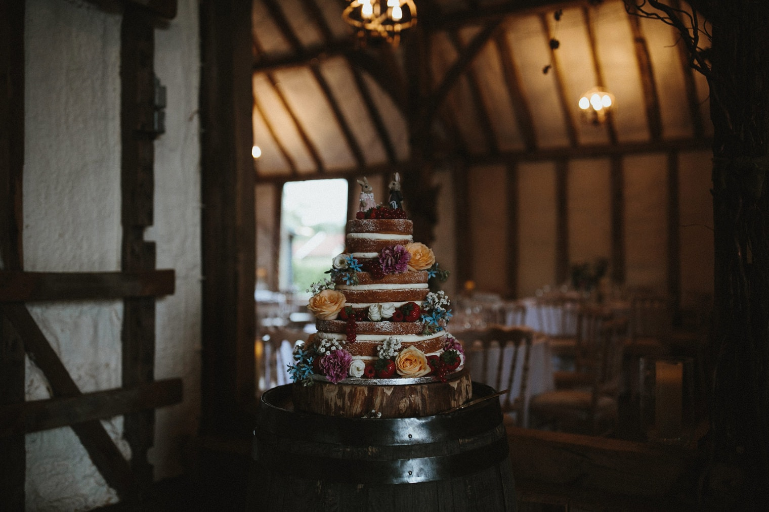 Naked wedding cake idea