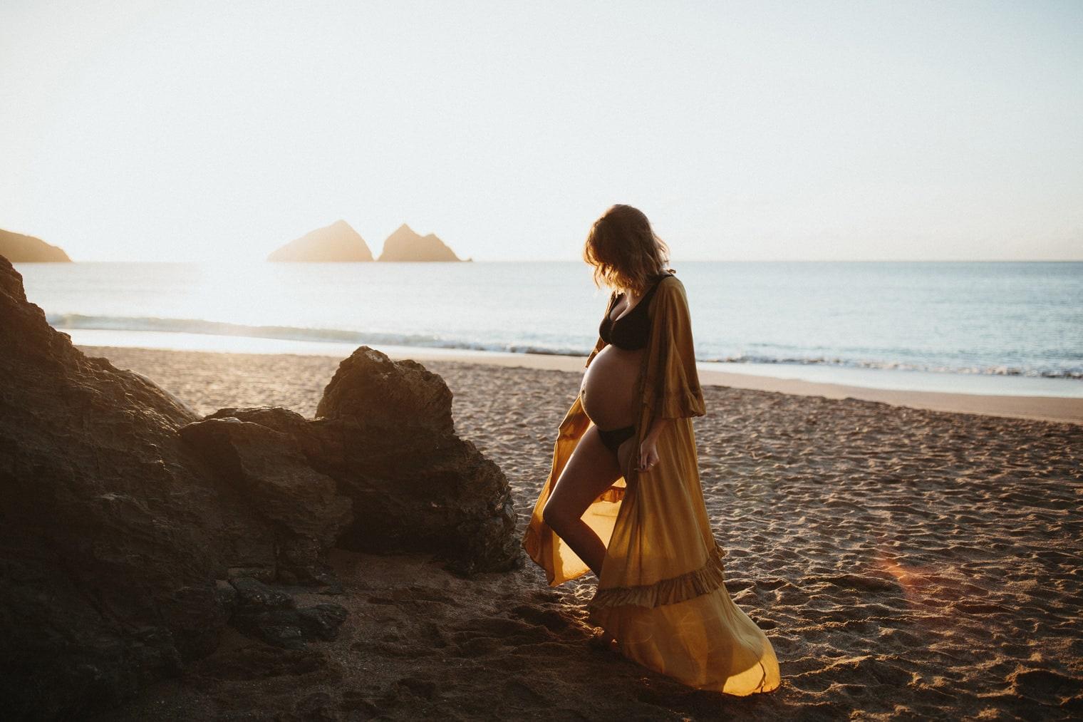 Boho style maternity shoot at Holywell Bay Beach in Cornwall, UK